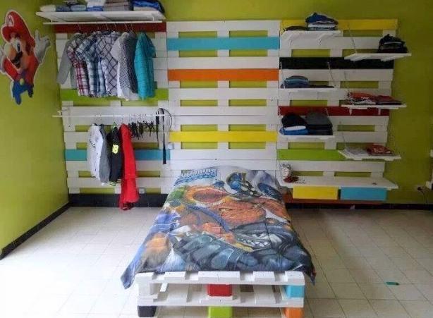 Base para cama de niños con palets
