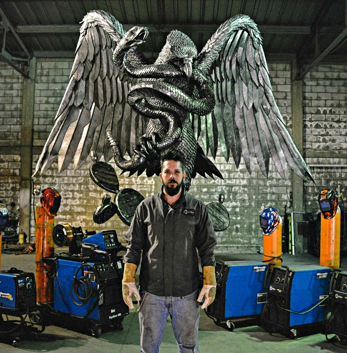 Madero-Welding-Artist-INSIDE-Image2