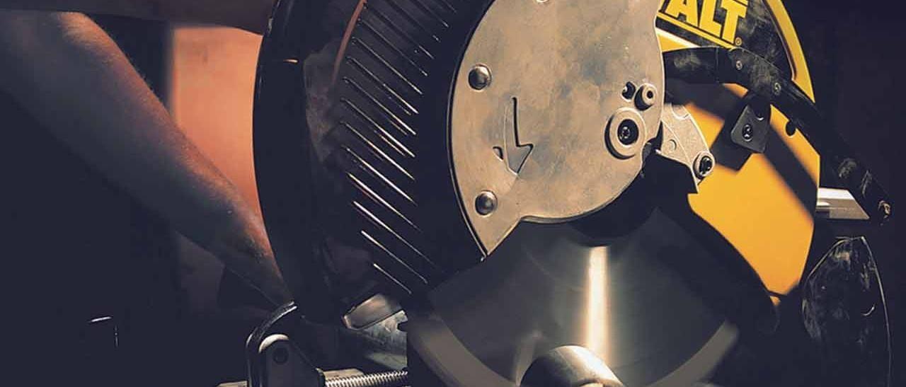 Herramientas de ferretería: Cortadoras de metal