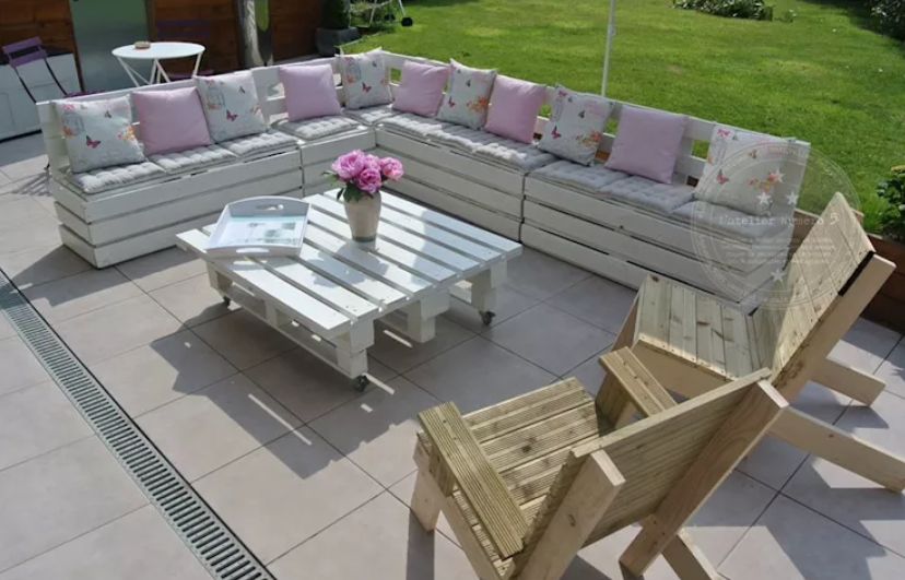 7 ideas económicas de muebles con paletas de madera