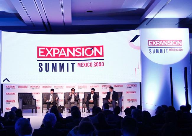 ponentes-de-la-mesa-la-megalpolis-del-s-xxi-expansin-summit-201820180914002011 (1)