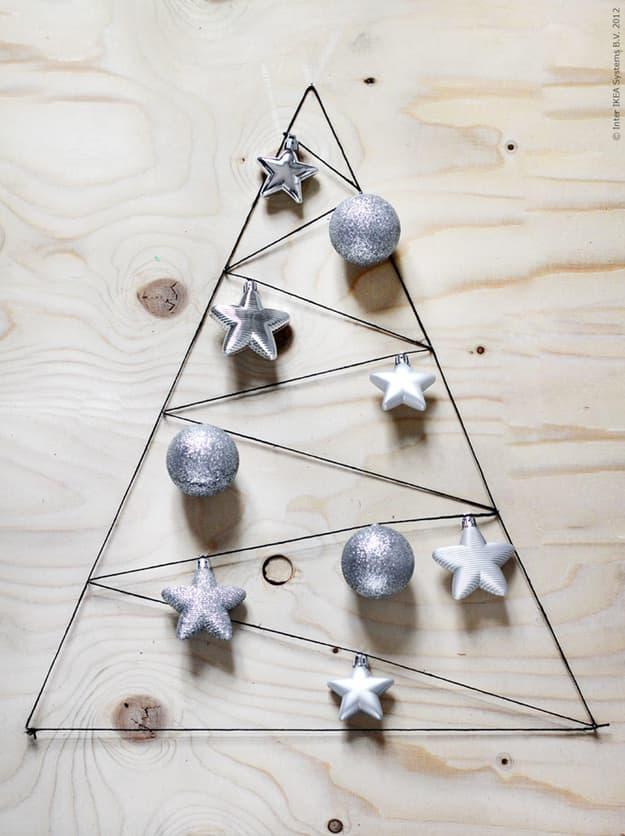 como hacer un arbol de navidad casero- Arbol de cuerda sobre madera