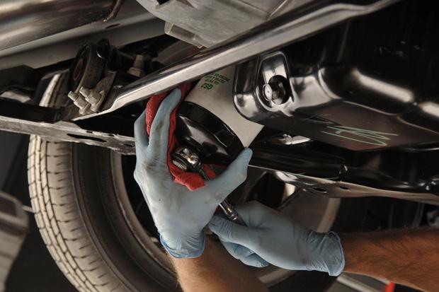 Todo lo que necesitas saber el cambio de aceite y filtro del carro
